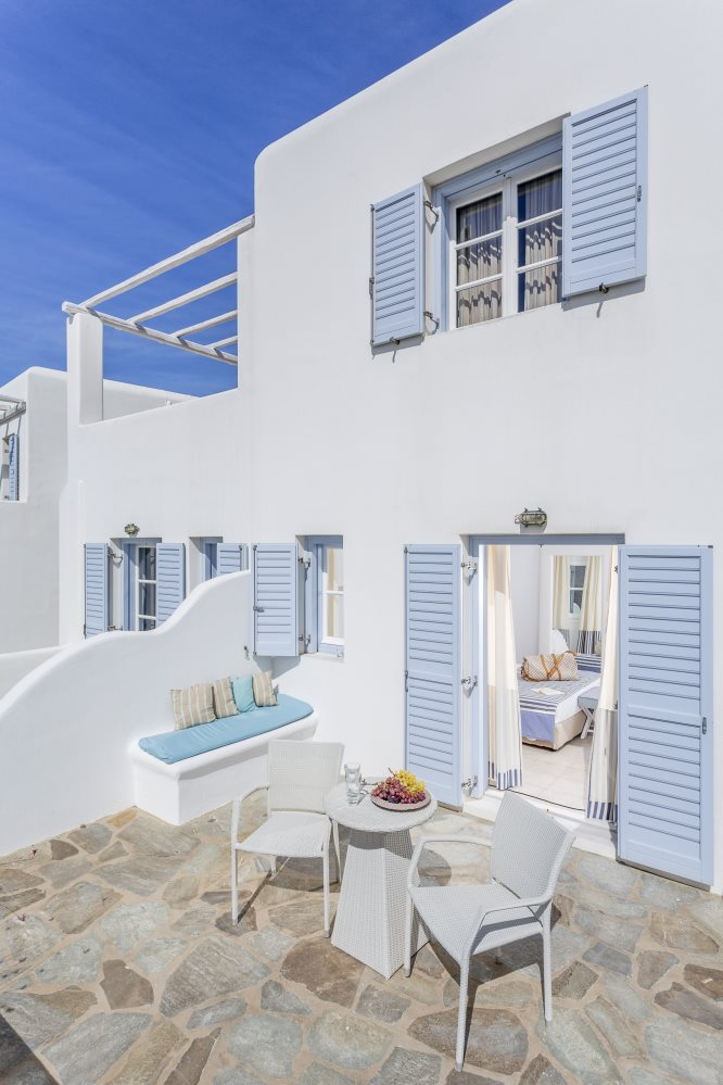 Archipelagos luxury hotel on Mykonos, photo (c) Small Luxury Hotels of the World, from http://www.greece-travel-secrets.com/Mykonos-Luxury-Hotels.html