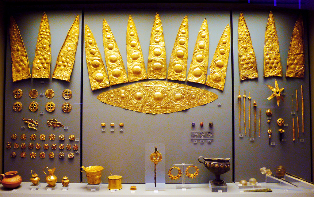 Spectacular Gold Finds from Mycenae