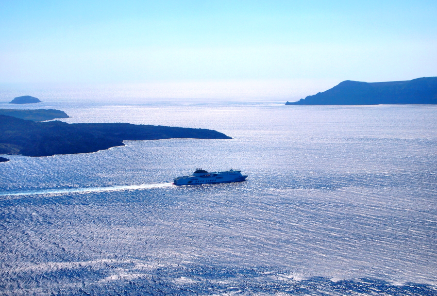 Going from Mykonos to Santorini by Ferry
